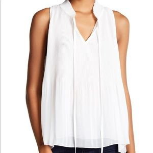 Romeo and Juliet micro pleated top